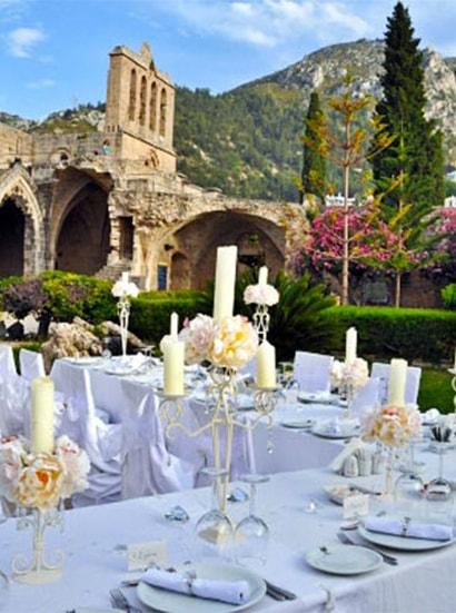 Vestuviu stalo dekoras Kipre