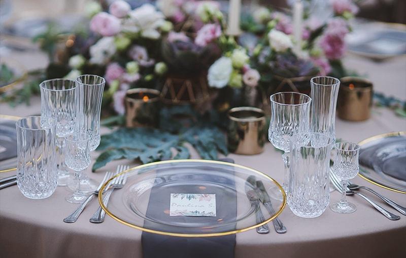 Vestuviu stalo dekoras